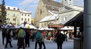 Mercado de Navidad en Bressanone, Trentino-Alto Adigio. Autor y Copyright Liliana Ramerini..